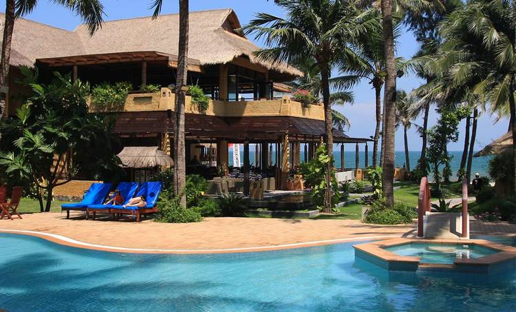 Bamboo Village Beach Resort and Spa-obr